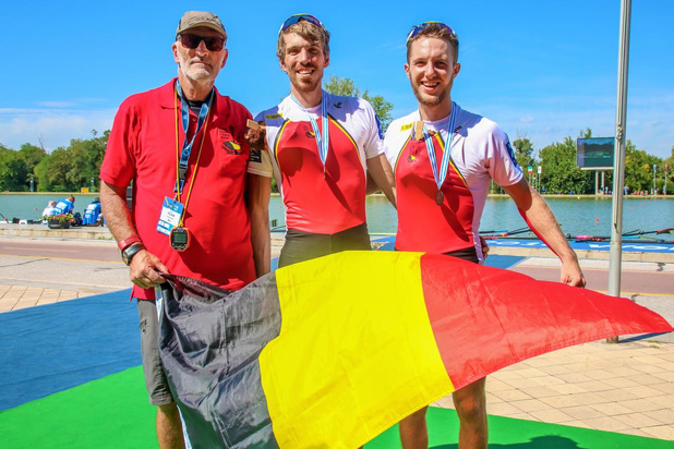 Internationale voorbereiding van Olympisch roeier Niels Van Zandweghe valt in het water