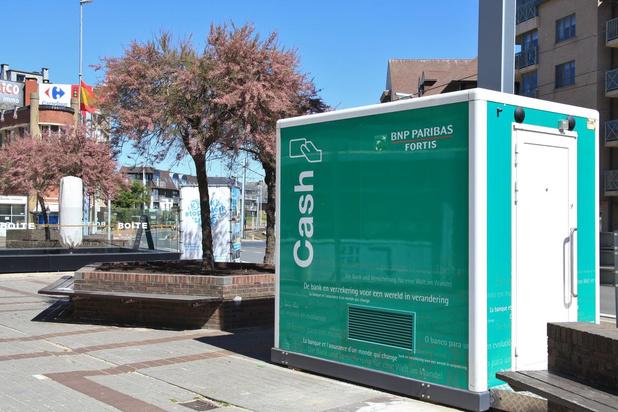 Nieuwe bankautomaat in Sint-Idesbald is vanaf vandaag operationeel