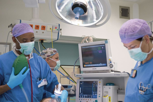 Zachtjes starten de ziekenhuizen