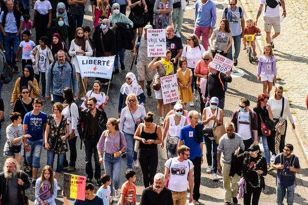 Manifestation de 1.500 personnes à Bruxelles contre une possible obligation de vaccination