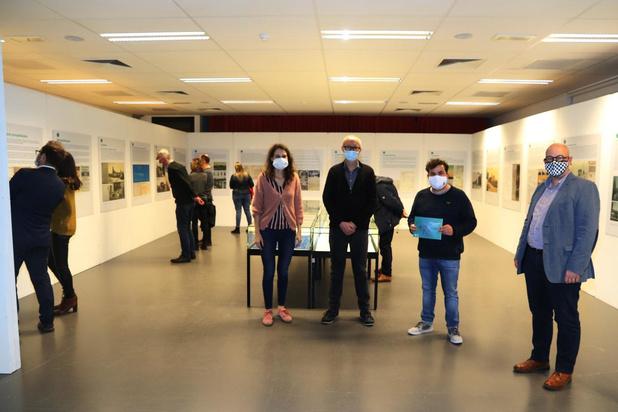 Tentoonstelling 'Duizend bommen en granaten' geopend