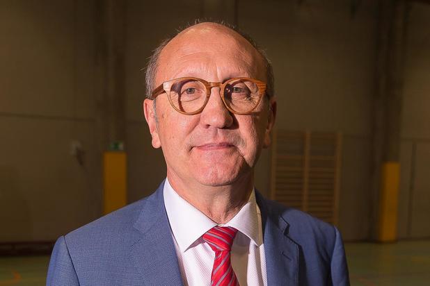 Grondwetprofessor Johan Vande Lanotte bestempelt avondklok als onwettig