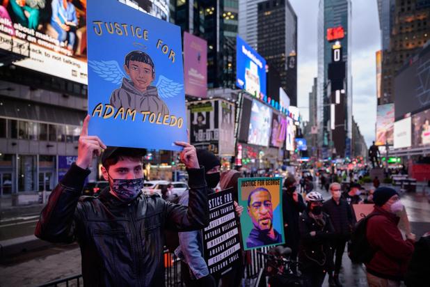 Duizenden mensen protesteren tegen politiegeweld in Chicago na dood 13-jarige