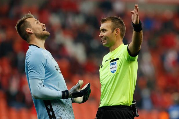 Corona slaat toe bij Club Brugge: drie spelers en Vincent Mannaert testen positief