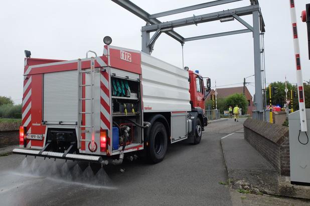 Brandweer ruimt betonspoor op