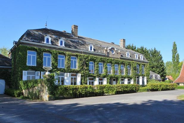Laat je rondleiden in het historische Kasteel Sint-Flora in de Moeren