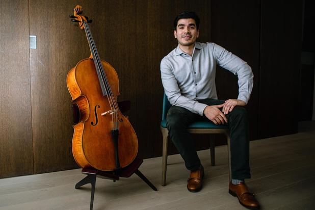 Bruggeling Harold Baltodano ontwerpt eerste design cellostandaard
