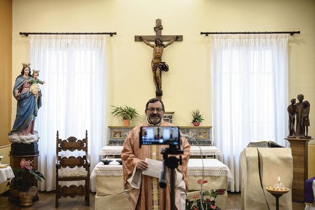 La virtualité d'un culte: comment vit-on sa religion en temps de pandémie?