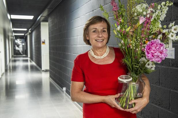 """Katrien Develtere van Bedrijvencentrum Roeselare met pensioen: """"Tevreden met de zee van tijd die ik nu zal krijgen"""""""