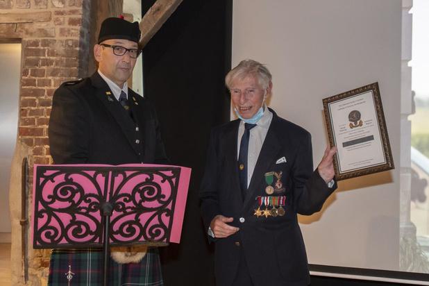 Honorary Life Membership voor 98-jarige oorlogsveteraan George Sutherland