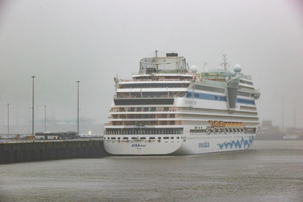 Passagiers mogen cruiseschip in Zeebrugge verlaten