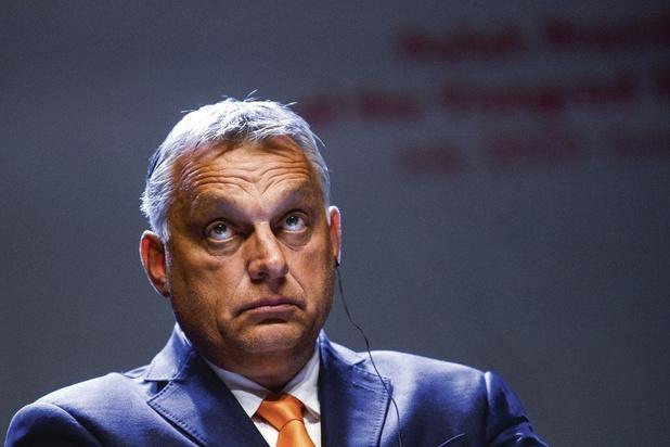 Polen en Hongarije: blufpoker met 1800 miljard als inzet