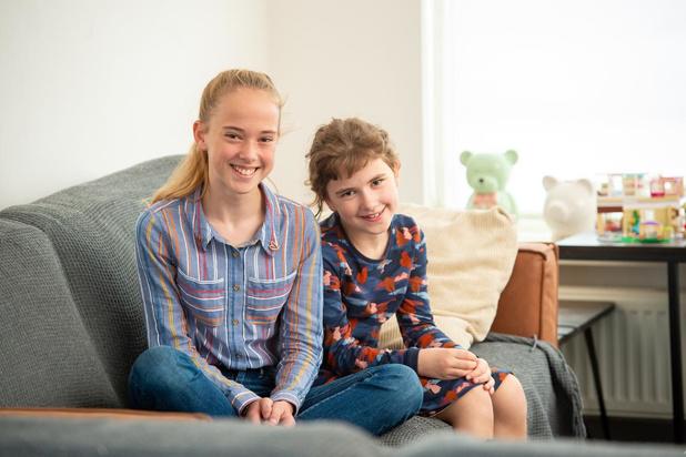 Cuties en kalenders tegen kanker: Lotte (8) en familie steunen organisaties die hen bijstaan