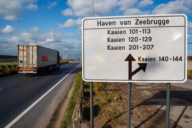 Helft minder transmigranten in West-Vlaanderen dan jaar geleden