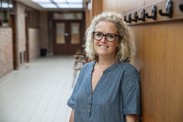 Isabel Debusseré uit Izegem begint als leerkracht in coronatijd