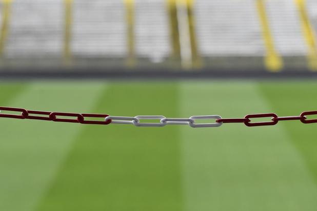 Profvoetbal achter gesloten deuren: en toch is afgelasting beter