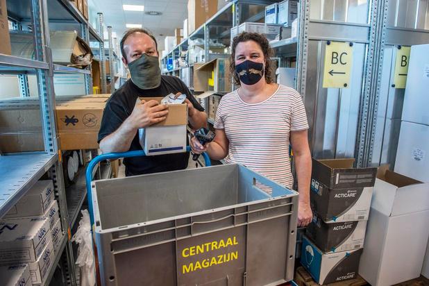 Personeel van cultuurcentrum De Spil in Roeselare werkt vrijwillig in AZ Delta
