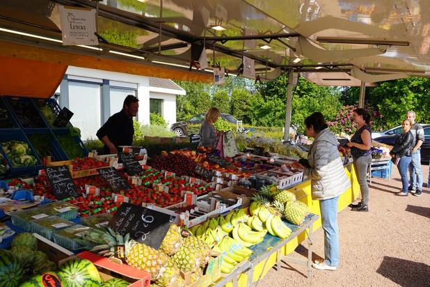 Creatief in tijden van Corona: fruit- en groentekraam voor eigen deur