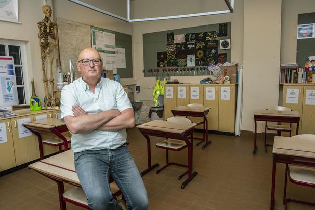 """Bart Crabbe uit Roeselare: """"Kinderen hebben er nood aan hun vrienden terug te zien"""""""