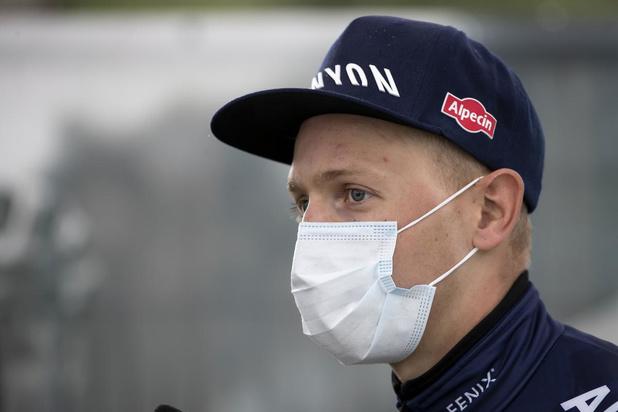 Tim Merlier ondanks zware val aan start tweede rit Tirreno-Adriatico