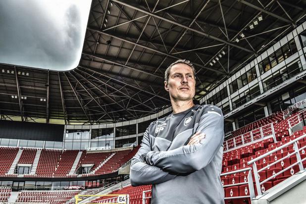 Brian Priske (Antwerp) over zijn tactiek: 'Ik wil niet dat de tegenstander op adem kan komen'