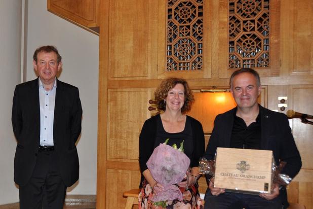 Organist Jan Lapon in bloemetjes gezet bij afscheid