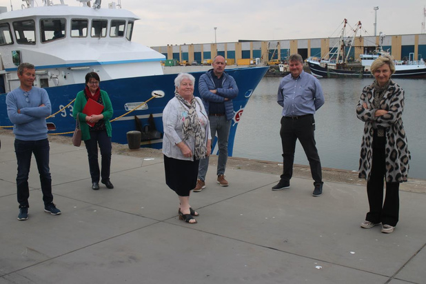 Vlaams minister Crevits zet licht op groen voor tijdelijk stilleggen vissersvloot