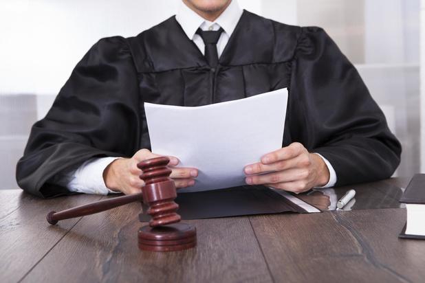 Middelkerkse dealer die vanuit cel moeder en vriendin inschakelde krijgt vier jaar cel