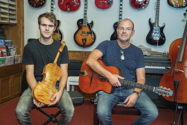 Wim Vandamme uit Roeselare over zijn passie voor gitaren en zijn muziekwinkel Alla Breve