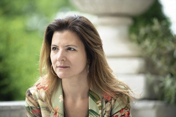 """Diana Nikolic (MR): """"Il est temps que le Parlement retrouve pleinement son rôle démocratique"""""""