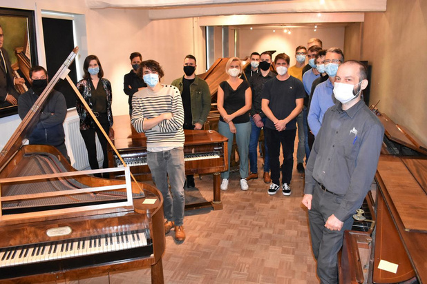 15 studenten beginnen aan eerste officiële opleiding pianostemmer bij Piano's Maene