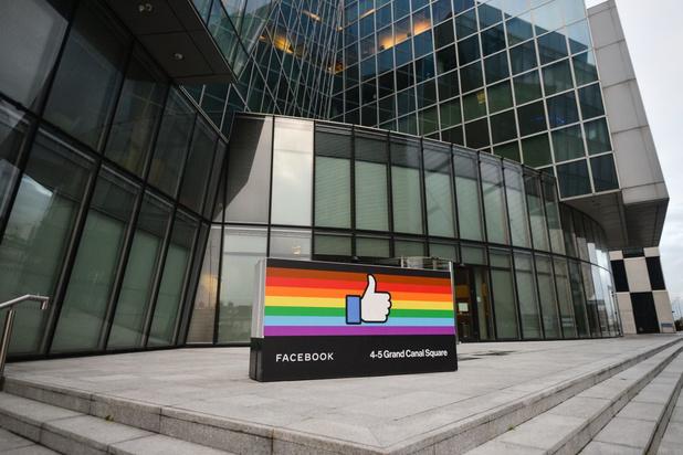 Facebook gaat test doen met inperking aantal politieke berichten