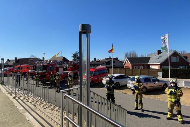 Handen op elkaar voor brandweer Midwest aan rusthuis Rozenberg
