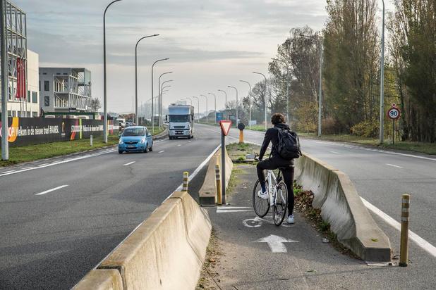 Oversteek Koestraat aan Rijksweg in Rumbeke binnenkort dicht, 70 wordt maximumsnelheid