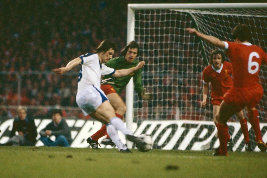 """Frank Raes: """"Club speelde een oerslechte match op Wembley"""""""