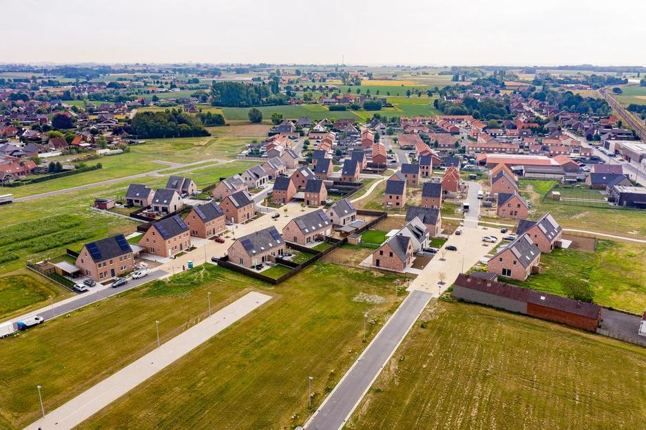 Help! West-Vlaanderen raakt volgebouwd: elk jaar 1.465 voetbalvelden bebouwing erbij