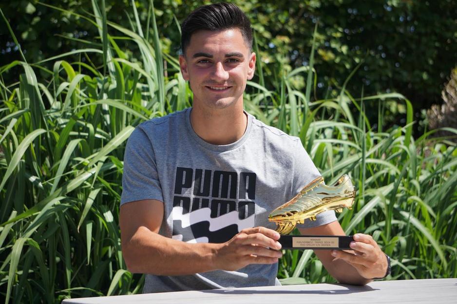 """Jelle Bataille door supporters verkozen tot KVO-speler van het jaar: """"Gevoelsmatig kies ik altijd voor KV Oostende"""""""