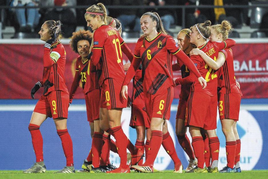 Katrien Jans (manager vrouwenvoetbal KBVB): 'Ik geloof in de wisselwerking tussen mannen en vrouwen'