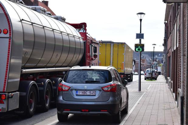 Nieuwe display in Zonnebekestraat wijst chauffeurs op overdreven snelheid