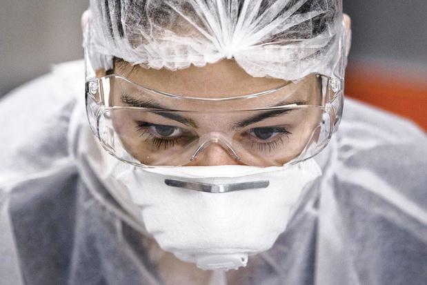 Coronavirus : pourquoi les tests sont des maillons essentiels