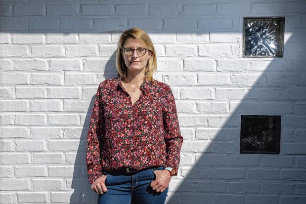 """Elise Degrave, spécialiste en droit numérique: """"Il est légitime de savoir si un outil sert l'intérêt général ou accentue les inégalités"""""""