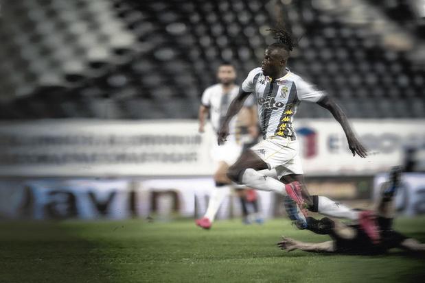 Mamadou Fall: pourquoi il éclate enfin à Charleroi
