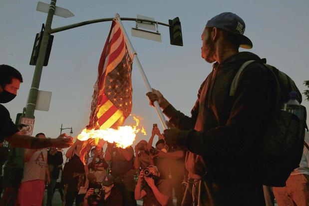 Violences policières envers les Afro-Américains: ce brasier... que Trump attise plus qu'il n'apaise
