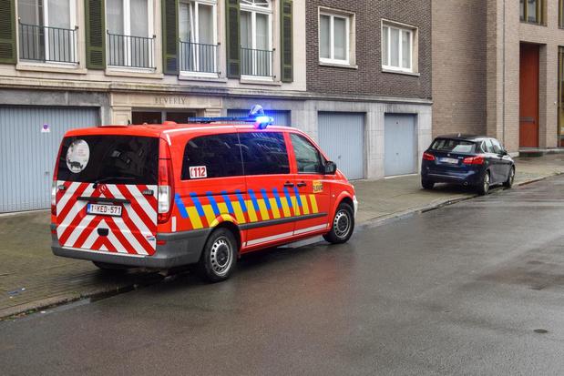 Rokende kachel brengt tientallen brandweermannen op de been in Kortrijk