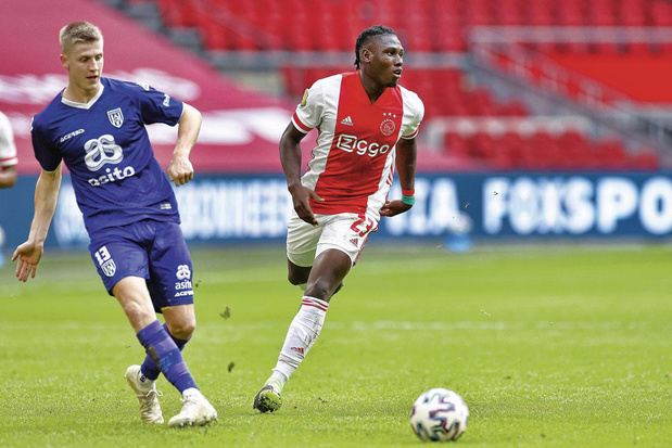 Lassina Traoré - Club: Ajax