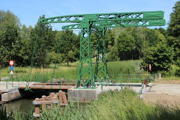Sint-Pietersbrugje in Moen oogt weer net zo groen als 100 jaar geleden