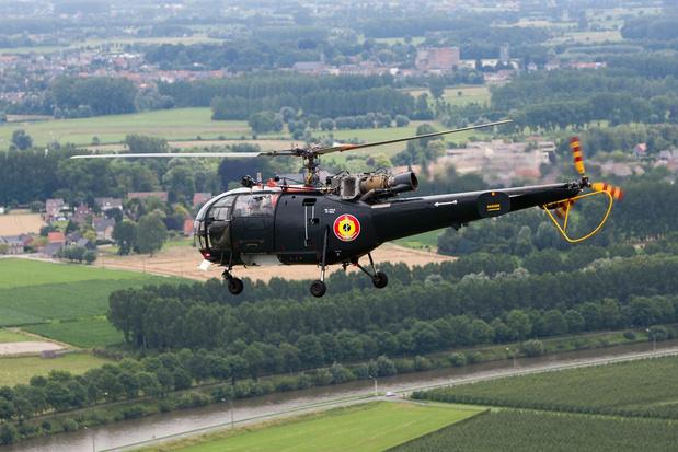 Drie Alouette III-helikopters nemen afscheid met West-Vlaamse formatievlucht