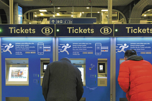 "A la SNCB, un ""billet week-end"" devient ""Weekend Ticket"""