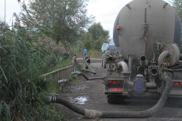 Nachtrust in Langemark verstoord door boeren die water oppompen