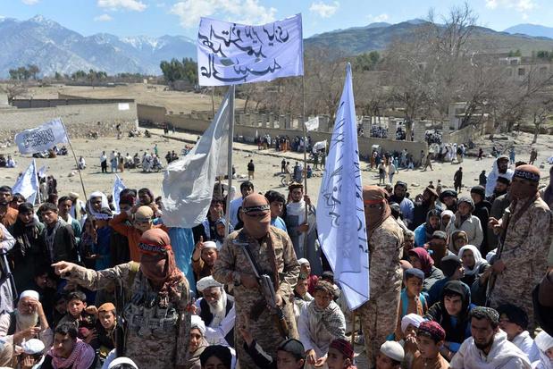 Twee dagen na ondertekening akkoord: Taliban hernemen offensief tegen Afghaanse troepen